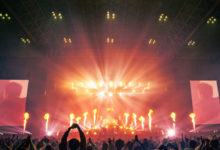 Photo of King Gnu、初のアリーナ・ツアー幕張ファイナル公演のレポート到着 最新曲「千両役者」もライブ初披露 | Spincoaster (スピンコースター)