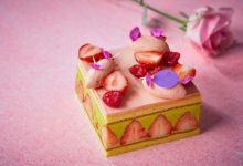 Photo of エグゼクティブ シェフ パティシエ 徳永純司による新作ケーキ「母の日 フレジェ」が登場